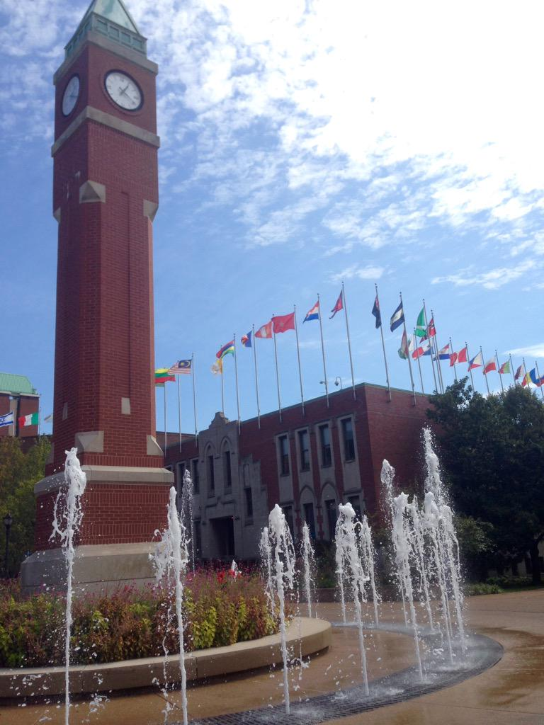 With flags from around the world in the background, the clock tower is a true gem of SLU's campus #SLUvLU #sh5 http://t.co/oqAY4HOTb9