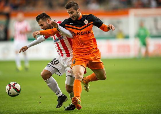 Todorovski battles for the ball