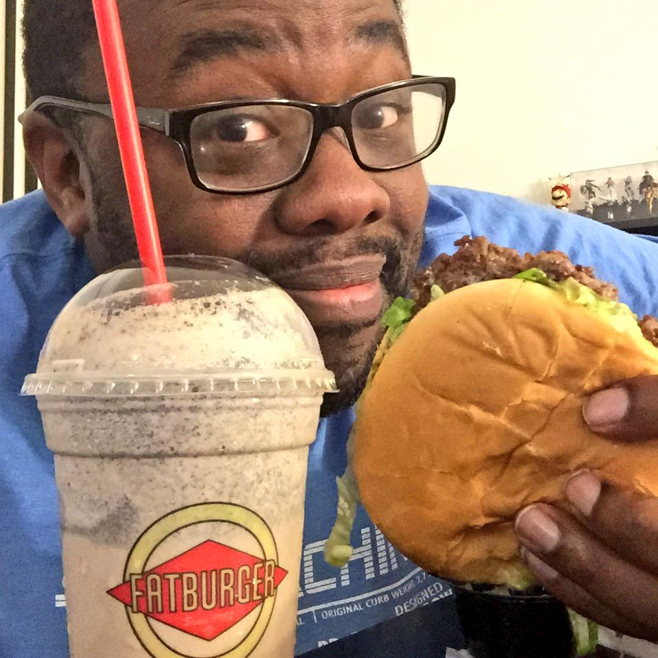 Happy #NationalCheeseburgerDay! Having @Fatburger with Bacon, Egg & Cheese! What do you like on your burgers? http://t.co/BbJF4ij0kR