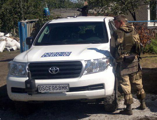 """Наблюдатели ОБСЕ обнаружили 34 танка и 9 гаубиц на подконтрольной боевикам """"ЛНР"""" территории, - отчет - Цензор.НЕТ 9757"""