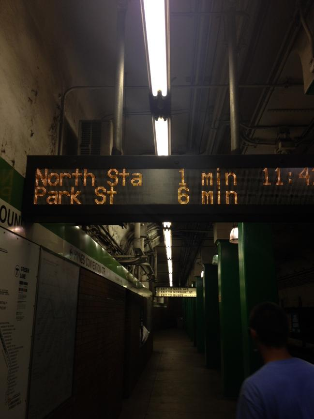 Thank you for the Green Line countdown clocks @mbta! @massdot @steph_pollack @universalhub http://t.co/M2wR5C3tEv