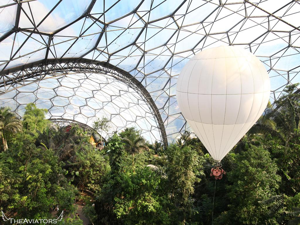 Just how big is Eden? So big you can take a balloon ride inside the bio-dome to see the sights! #TheAviators http://t.co/Md6cOVzcZ8