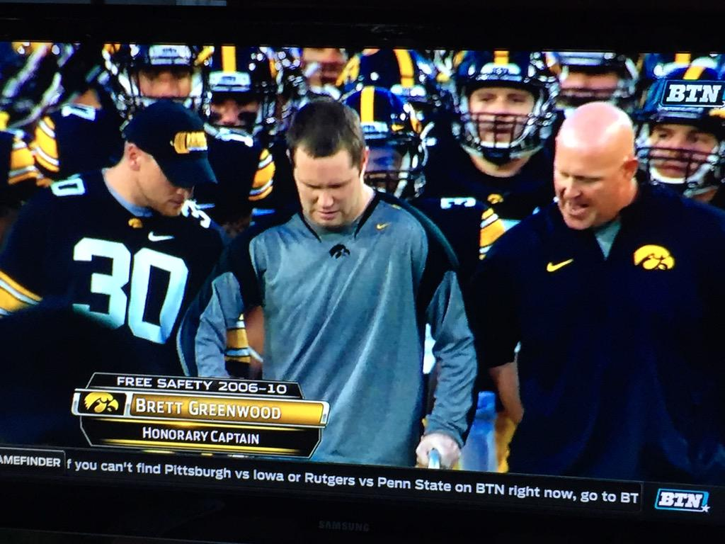 SO AWESOME. #Hawkeyes #brettgreenwood http://t.co/zr7Jjtfo9x