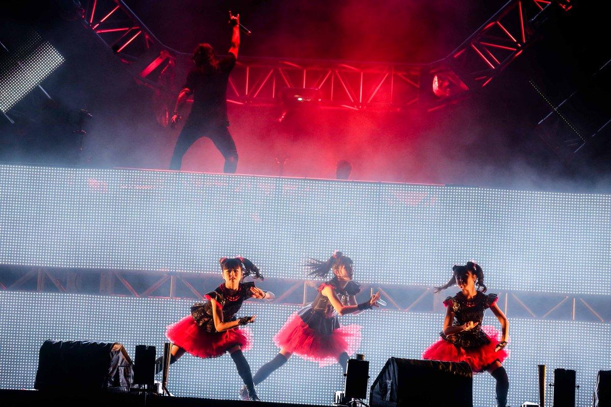 Amazing time! @Skrillex and @BABYMETAL_JAPAN collaboration stage \m/ #skrillex #BABYMETAL #ultrajapan