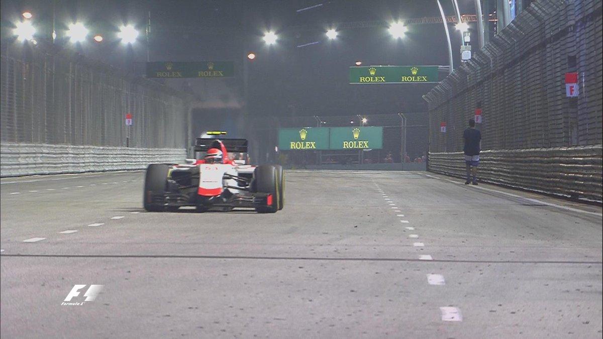 Quand un spectateur s'invite sur le circuit de Singapour