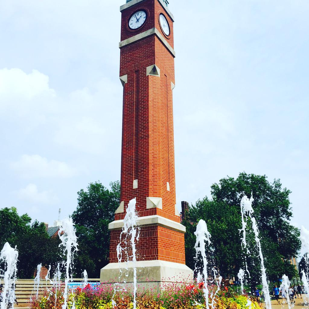 In the summertime, the clocktower is always a great spot to sit and chat or run through the fountains. #SLUvLU http://t.co/4RZVZJE2Kb