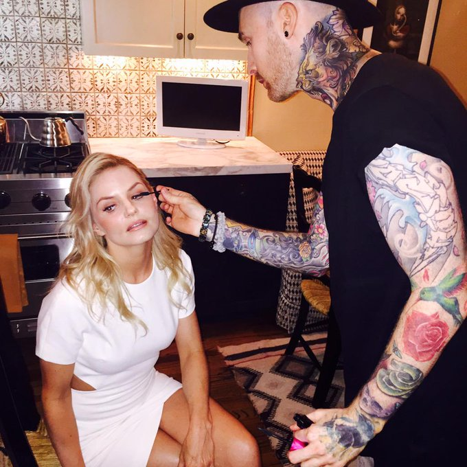 Day 10: dream team got me ready last night for Emmy parties. @_marissamarino @abhairmakeup #101smiles