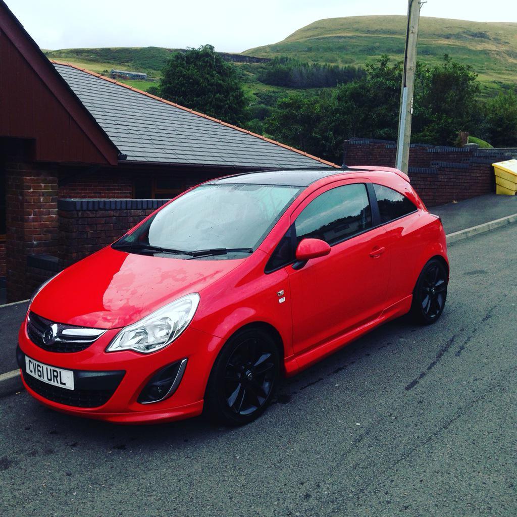 photo of Jamie Thomas Opel - car