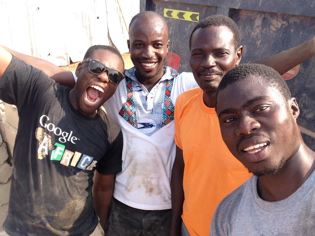 @Amegaxi make you no forget the selfie plus the truck driver. @KojoAB @Im_Adom @KwameAnim #NVDay15 http://t.co/Ax4dIwNoe7