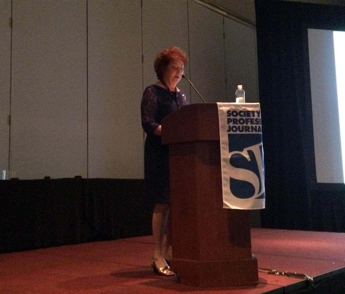Congratulations to former @pcli president Carolyn James on winning a Sunshine Award! #eij15 http://t.co/acPrtr1trx