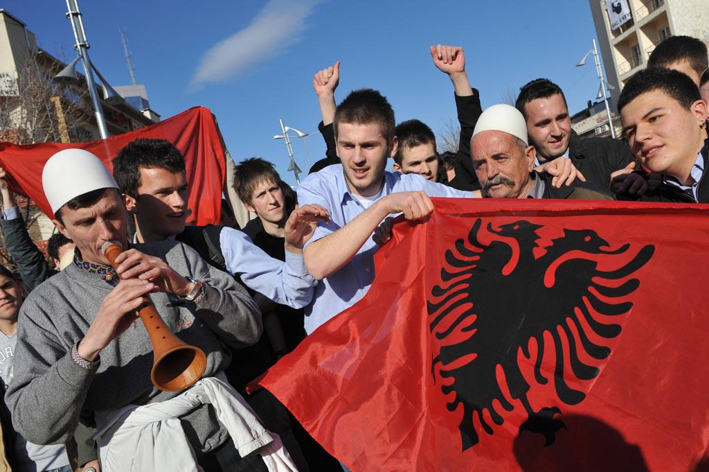 Dating men from kosovo