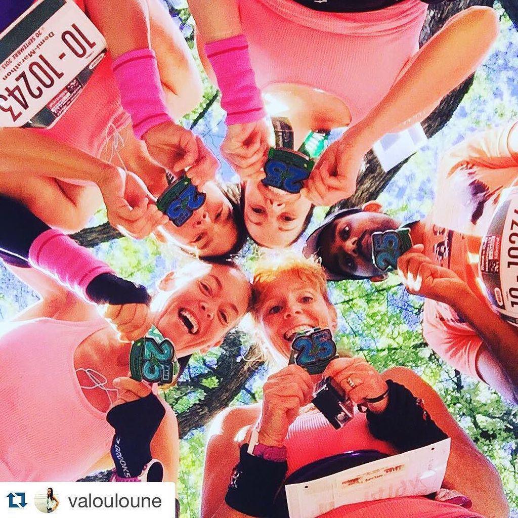 RUN Repost @valouloune #InstaRunners #DemiMarathon The peach team Whit our beautiful medal…  http:// ift.tt/1Phdxva  &nbsp;  <br>http://pic.twitter.com/6kbazcL0lg
