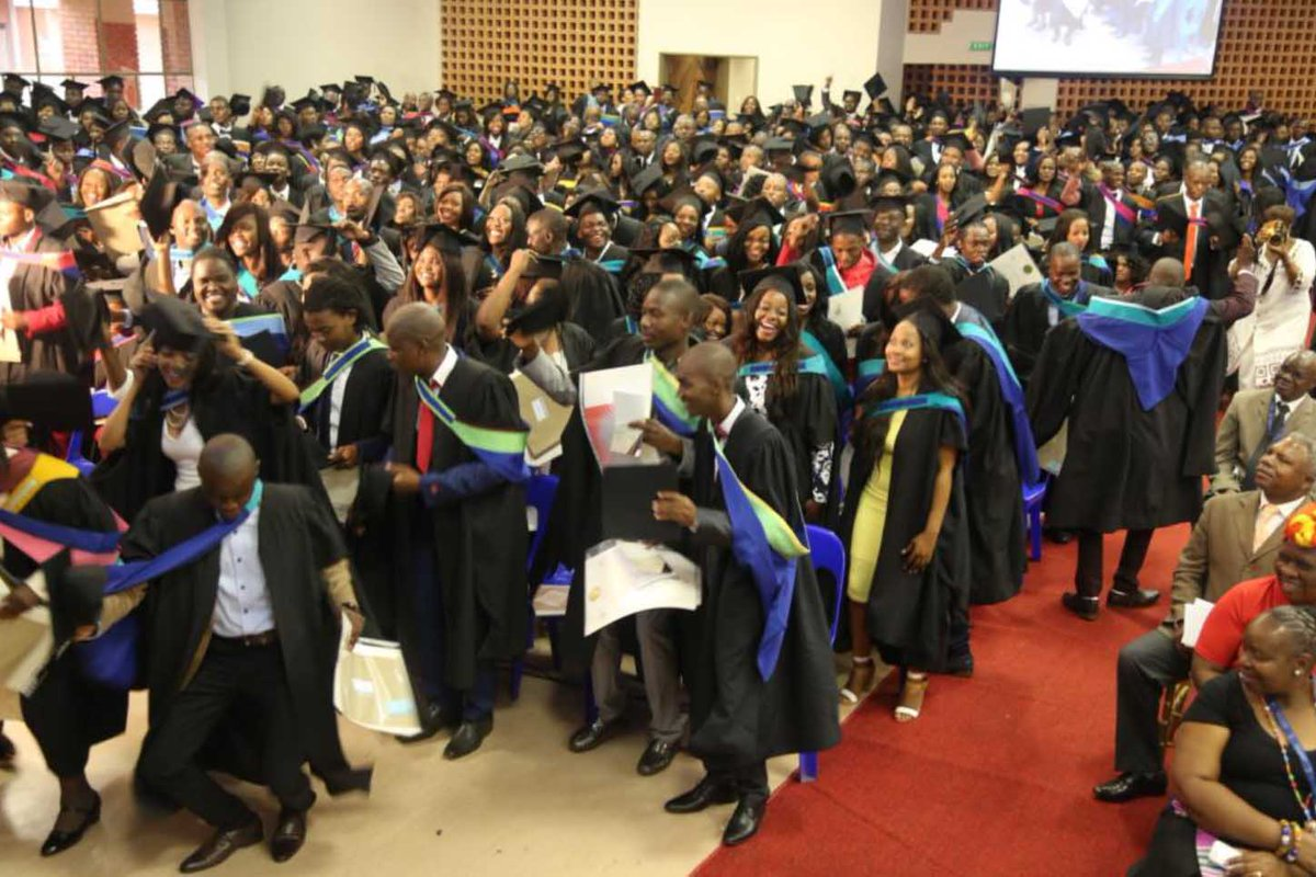 """University of Venda on Twitter: """"Univen proudly confers 17 PhDs in one  graduation session read more ... http://t.co/gEPADSkMDC  http://t.co/1bhVTxi2hq"""""""