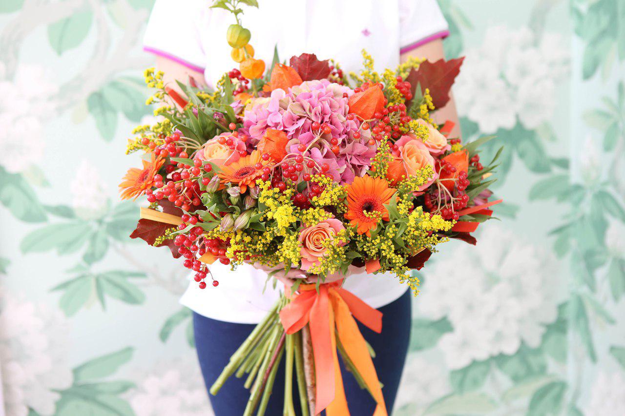 Букет цветов осенний, хризантем