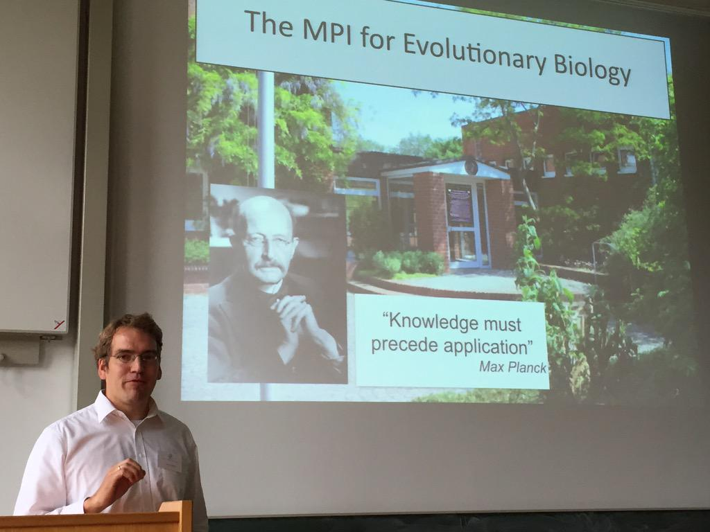 Opening #CEST15 @EvolTheoArne  explains some history of the MBI for evolutionary biology. http://t.co/o4psUsCRqh