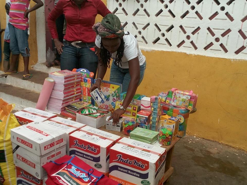 Donation time at Mother of All Nations  #NVDay15  @Andrewtetteh7 @KojoAB  @naa_ameley http://t.co/5gvntqeDoR