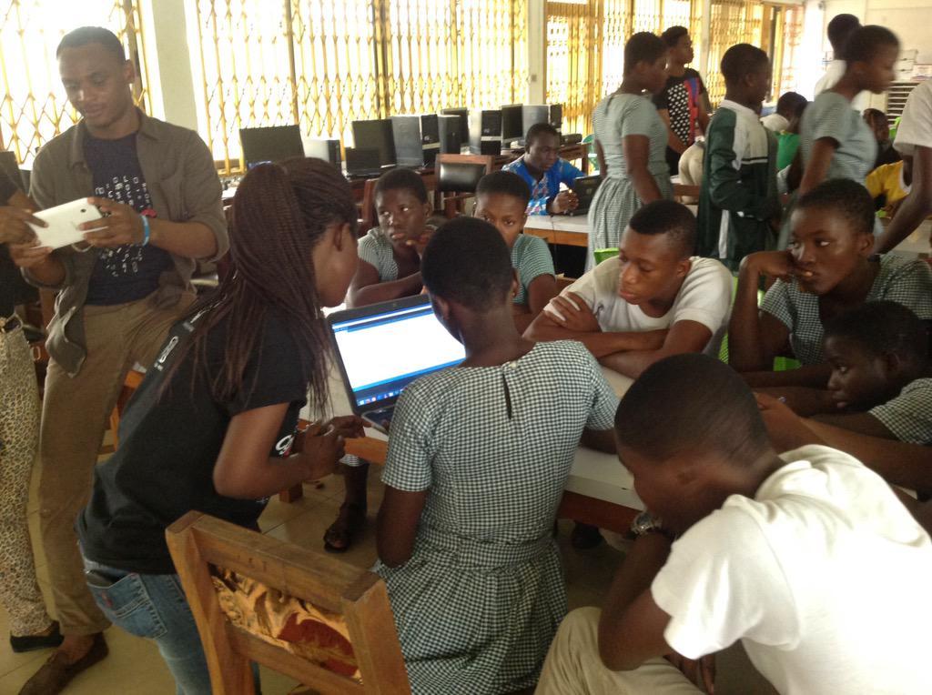 #girlswhocode #Nvday15 @kobinapaintsil @cg_umat @JorgeAppiah @Bobskidoes @engineerskasa @volunteeringh http://t.co/LeoOnSc7mh