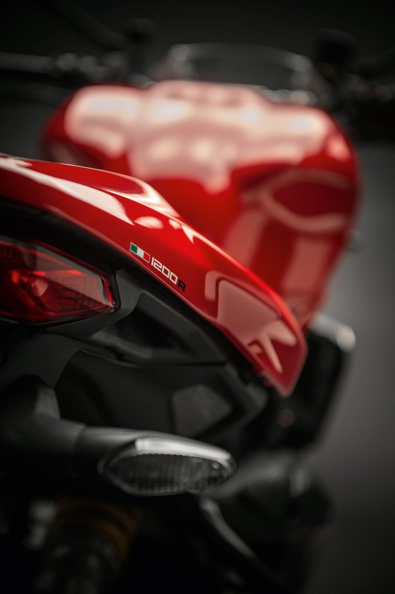 can't wait for Ducati World Premiere 2016 #EICMA 16th November. 9 new models! http://t.co/BgpETM2gbR
