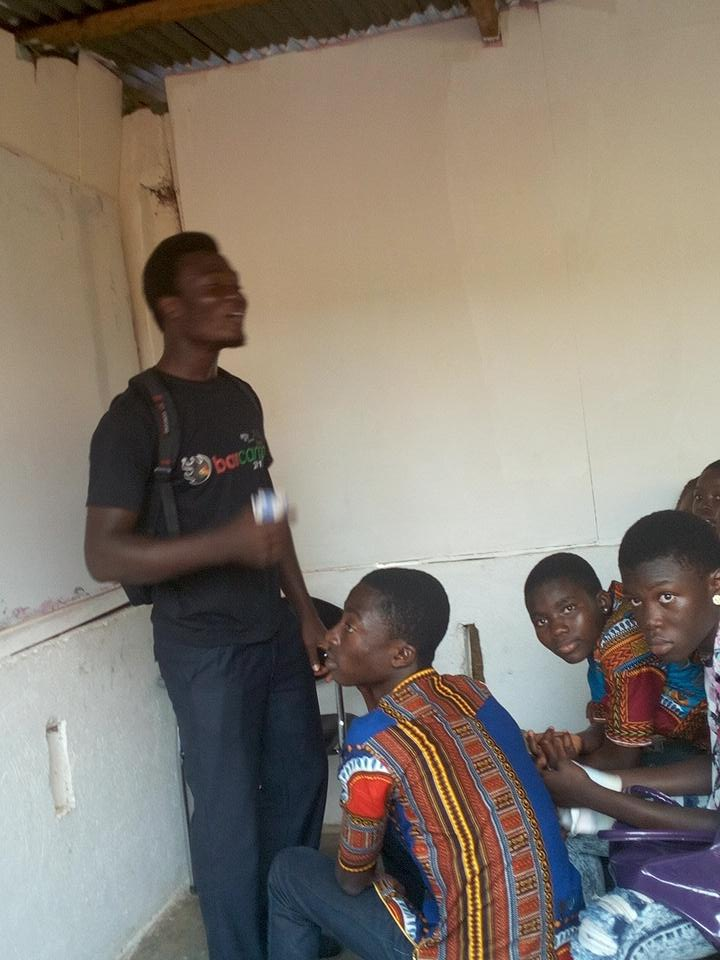 Facilitator: What is an example of energy giving foods?  Child: Rush   ... And we were in stitches  #NVDay15 http://t.co/vhBqXpD69j
