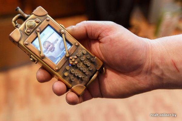 #Steampunk Awesome of the Day: Another great customized #phone by Dmitry Tihonenko  via @omorfia19 #SamaCuriosities