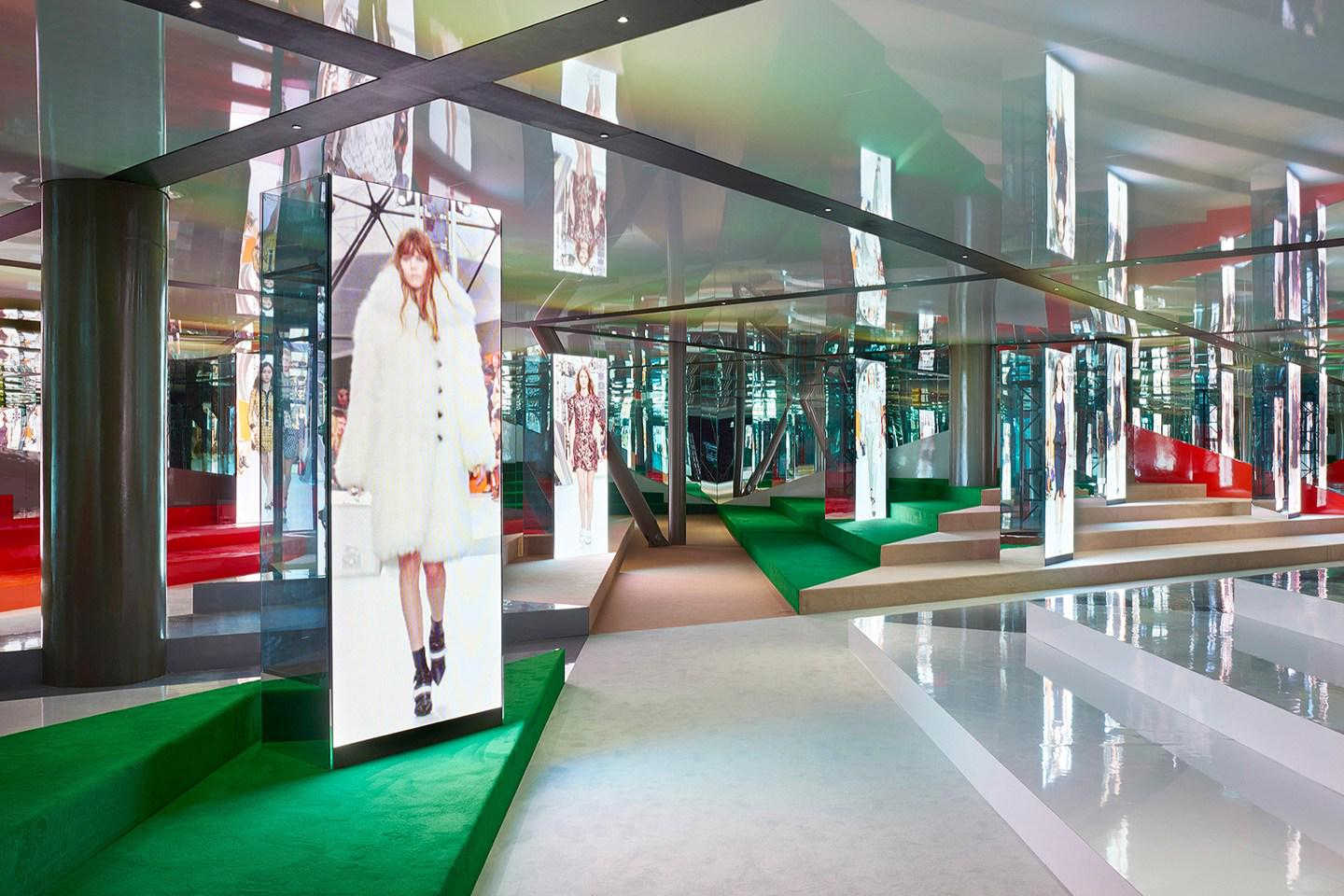 Fashion DID YOU SEE: What's inside LouisVuitton's new London ...