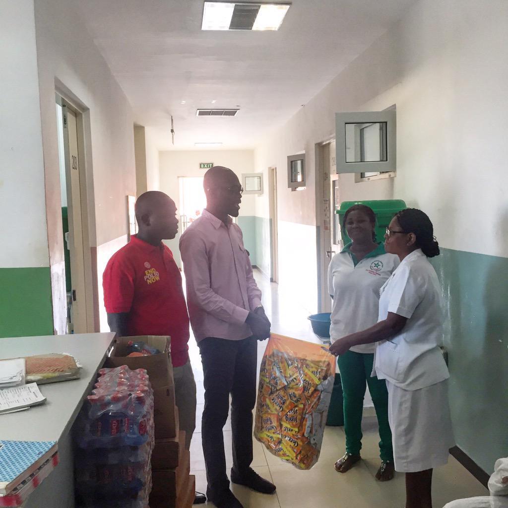 My #NVDay15 was spent @ Lekma Hosp in Teshie wif @asrotaract assistin on Ward rnds n donatin items 2 d Children. http://t.co/TqDBuIJScx