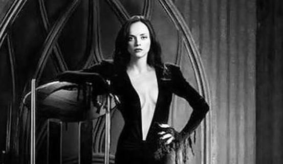 how incredible does christina ricci look as wednesday addams