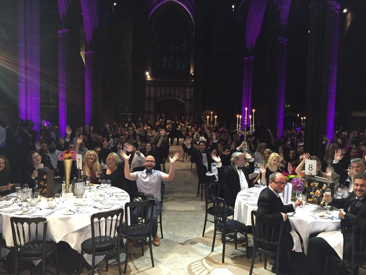 Having a ball at the MFDF Gala Dinner. Thanks so much for a great foodie year!x http://t.co/PHROpPz55Z