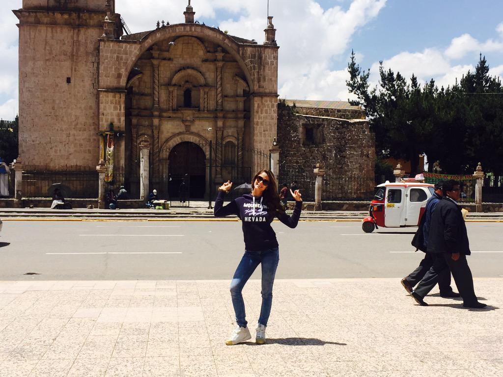 LAURA SPOYA para la elección de miss Juliaca 2015 CPeN5nxWIAAdA08