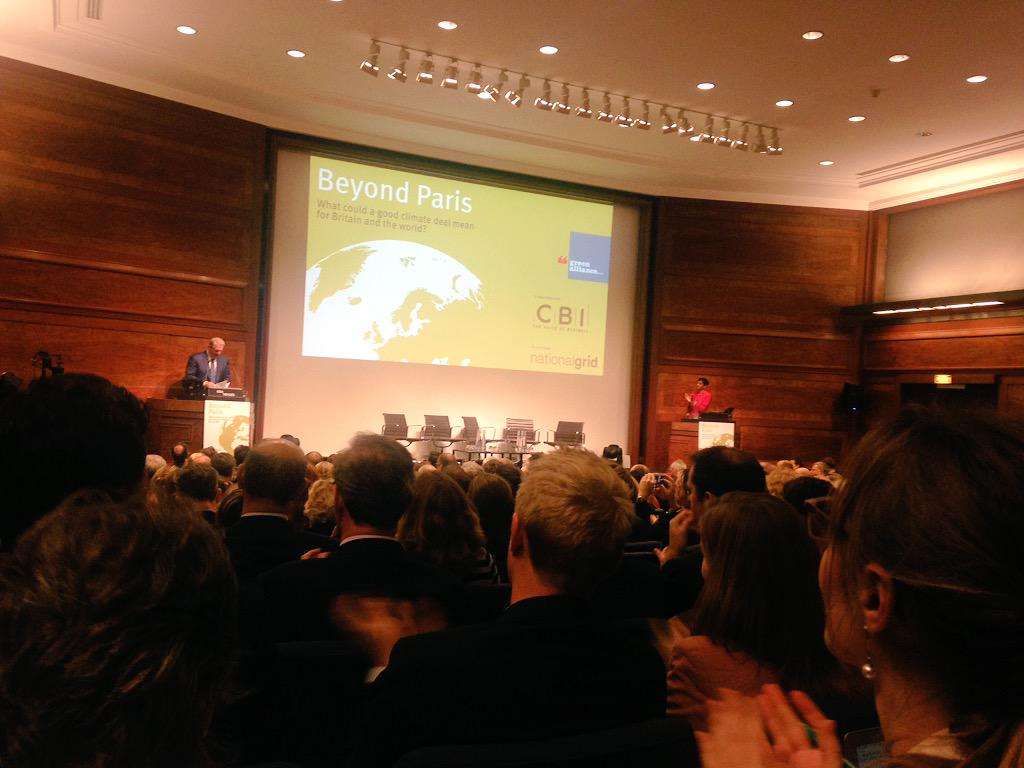 Packed room for @GreenAllianceUK #beyondparis event this morning to hear from @algore http://t.co/zh1zsS9Wzc