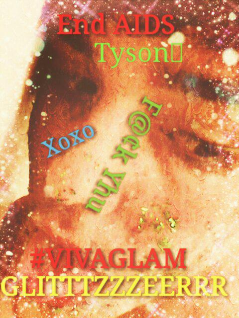 @MileyCyrus #VIVAGLAM #MCandHerDeadPetz take a messy pic and upload it using #Glitzibomb #messipic to show respect <br>http://pic.twitter.com/QXmg1e4DSh