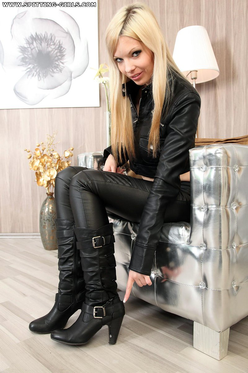 Smoking bitch in overknee boots 8