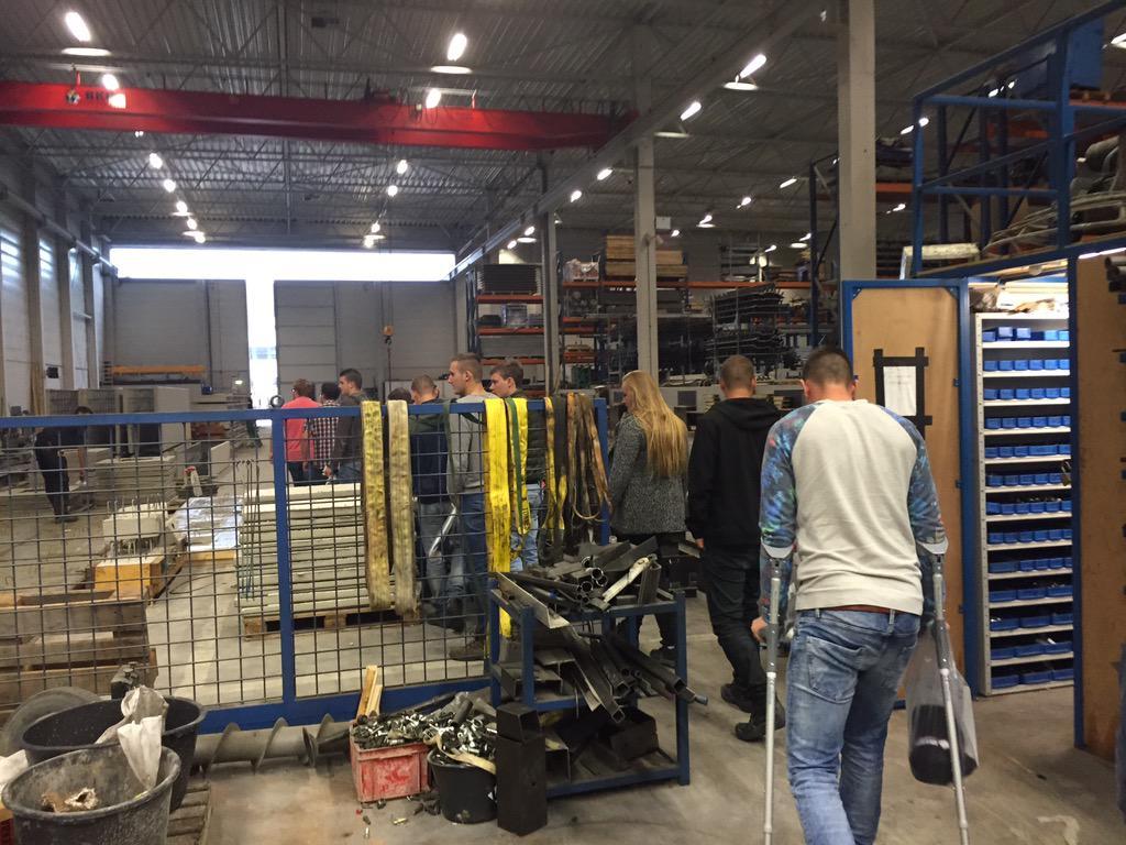 Van Berlo Vloeren : Nieuwe aed geplaatst bij van berlo bedrijfsvloeren b v luxe van