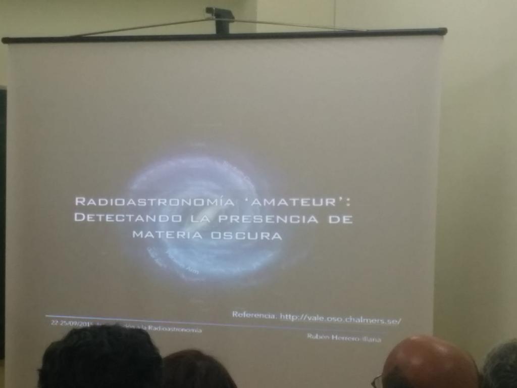 Radioastronomía amateur: detectando la presencia de materia oscura http://t.co/ZVQ3v1PLWN http://t.co/wVIzEu2h5e