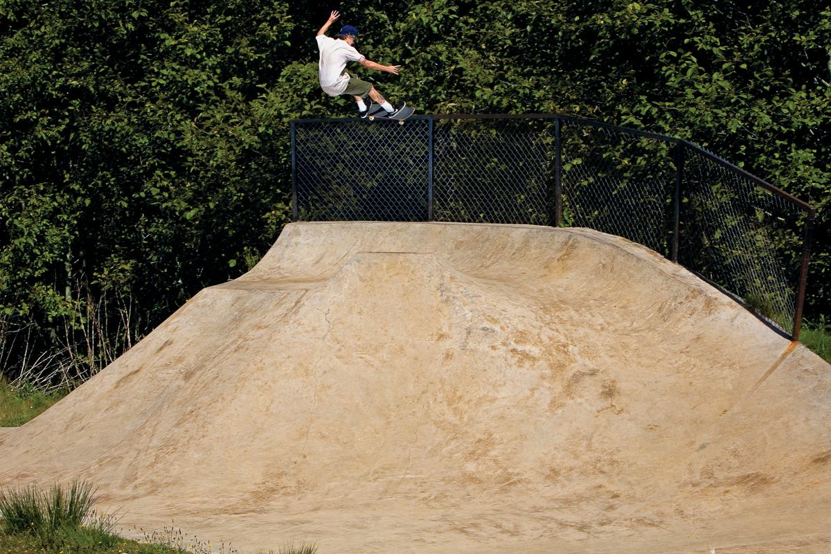 Ben Raybourn bump to 5050 at Lincoln City. Photo by Garric Ray #BONES4LIFE