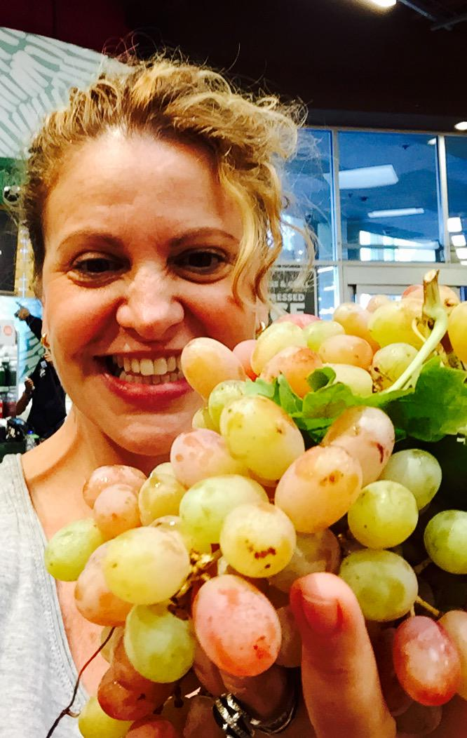 Help fight food deserts w/ a #DrinkGoodDoGood pic & @NakedJuice donates 10lb of produce http://t.co/c5abuiEYgP #spon http://t.co/G55yrMlta1