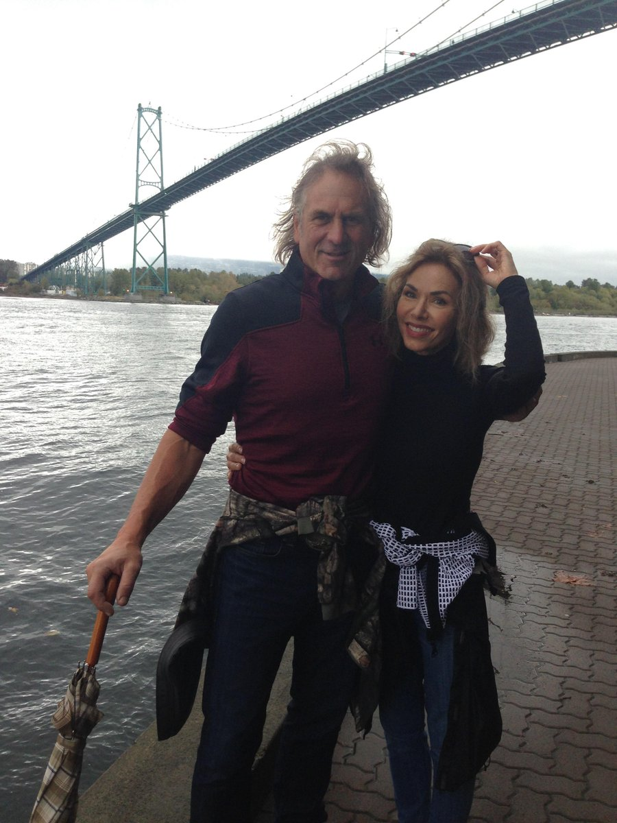Jim Shockey On Twitter Louise And Me Under The Lion S Gate Bridge In Vancouver Romantic Great City For A Getaway Between Hunts Http T Co Ak7yntrbif