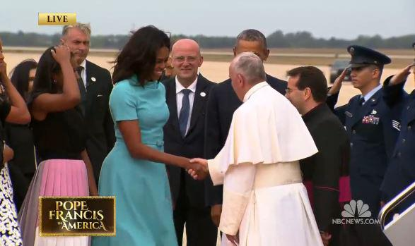 WATCH: The Pope meets the First Family: http://t.co/1qJTryTDYx http://t.co/hGomGeRpGn