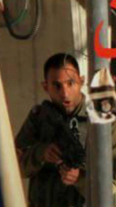 فلسطينية مرابطة نقابها ورفضت التفتيش فقتلها الصهاينة الكلاب CPiKmbFXAAAK1zk.jpg