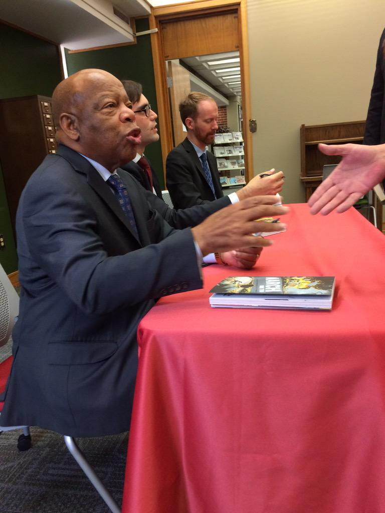 So much greatness here. @repjohnlewis @andrewaydin @Nate_Powell_Art discuss March http://t.co/ZSYsgm8xws