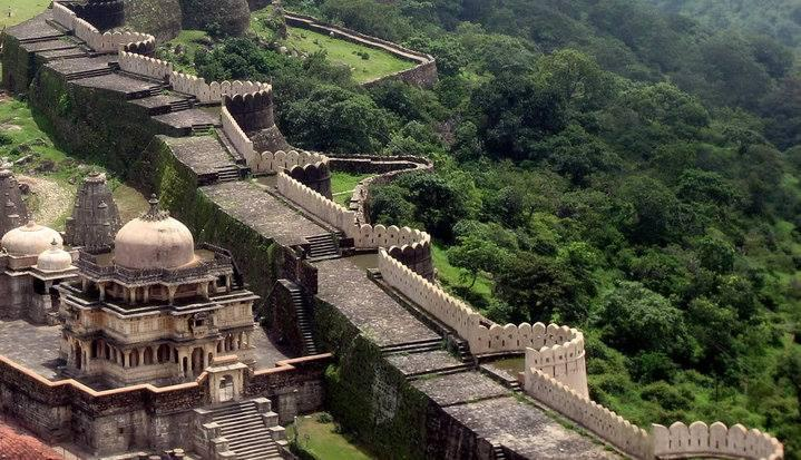 Did you know? - the wall of Kumbhalgarh Fort is the Second Longest Wall in the World. http://t.co/oB37L8Nzkt http://t.co/KLPCkeLZkV
