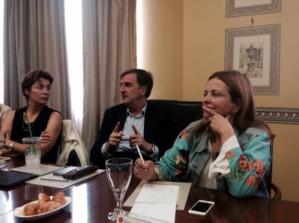 """""""Twitter llegará un momento en el que dejará de existir por su modelo de negocio"""", @Jorge_Cachinero en #elcanotalks http://t.co/SCvpfNJkYQ"""