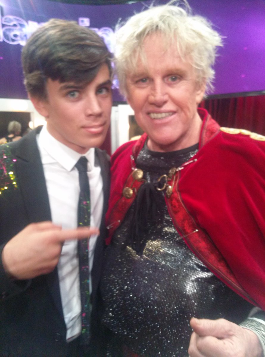 Backstage with the uber talented @HayesGrier #DWTS #TeamGaryAnna #GARYBUSEY http://t.co/6eqgmrmoYu
