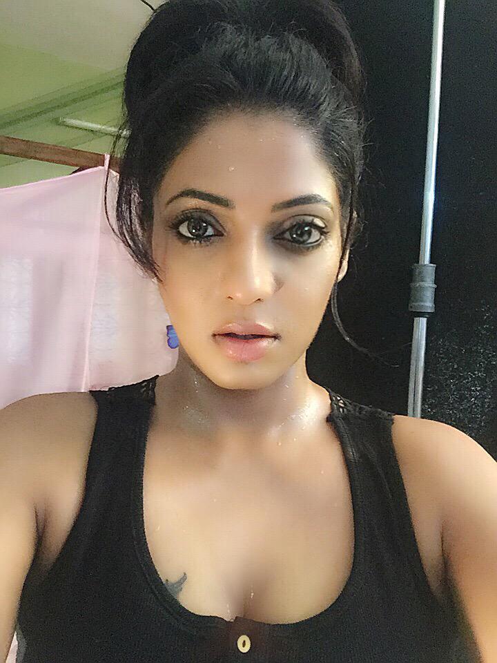 Reshma Nude Photos 5