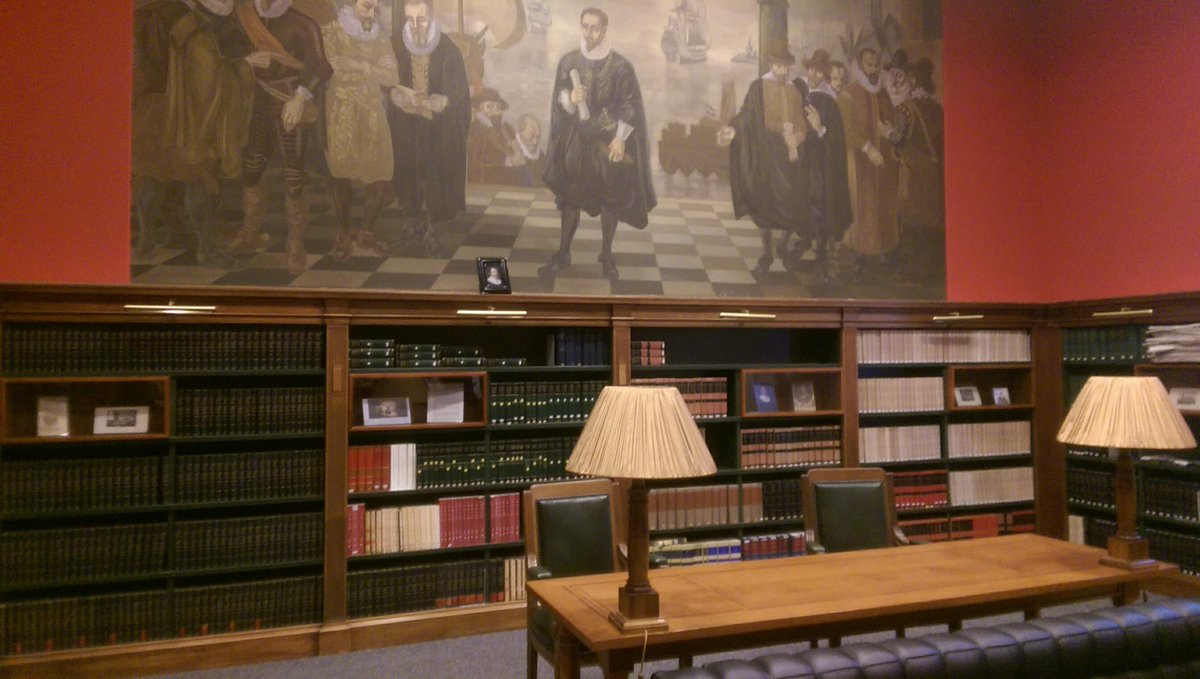 This is also an knowledge organisation -  collections on international law in Peace Palace @CMCConference http://t.co/CeWCxYkO2Q