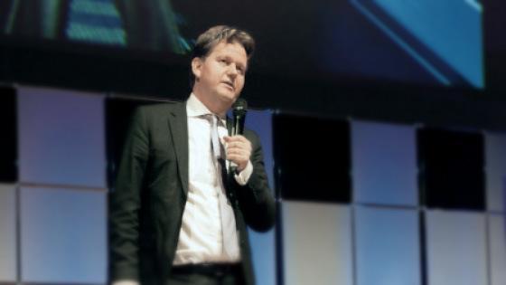 #ConsultancyConference liveblog 5: Hoe leren bedrijven nieuwe business modellen te gebruiken. http://t.co/4mfqtW2ERx http://t.co/Pa5knvnSZf