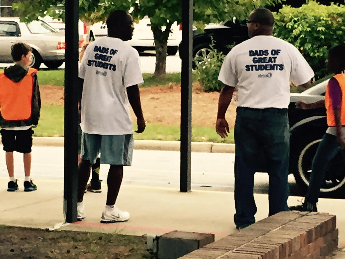 Thank you Watch DOGS @NCF4Dads @NSECrickets for helping in car rider this morning. http://t.co/RrVEs6tbAU