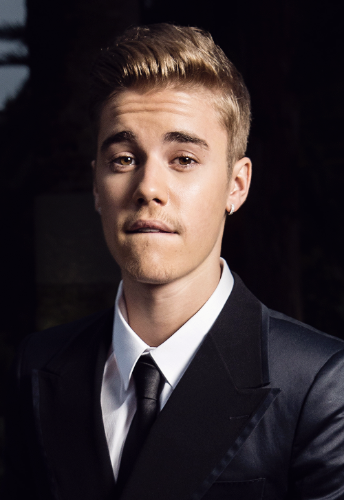 just blessing your timeline  #EMABiggestFansJustinBieber http://t.co/4b9IoDlk5b