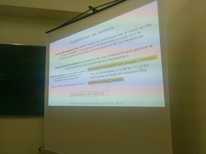 El teorema de Nyquist en #radioastronomía es distinto del q se utiliza en control. Vaya hacha el tío Nyquist http://t.co/0RHfE5Vbtq