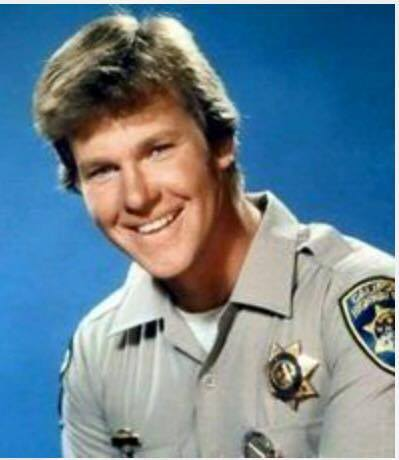 larry wilcox 2017 - photo #41